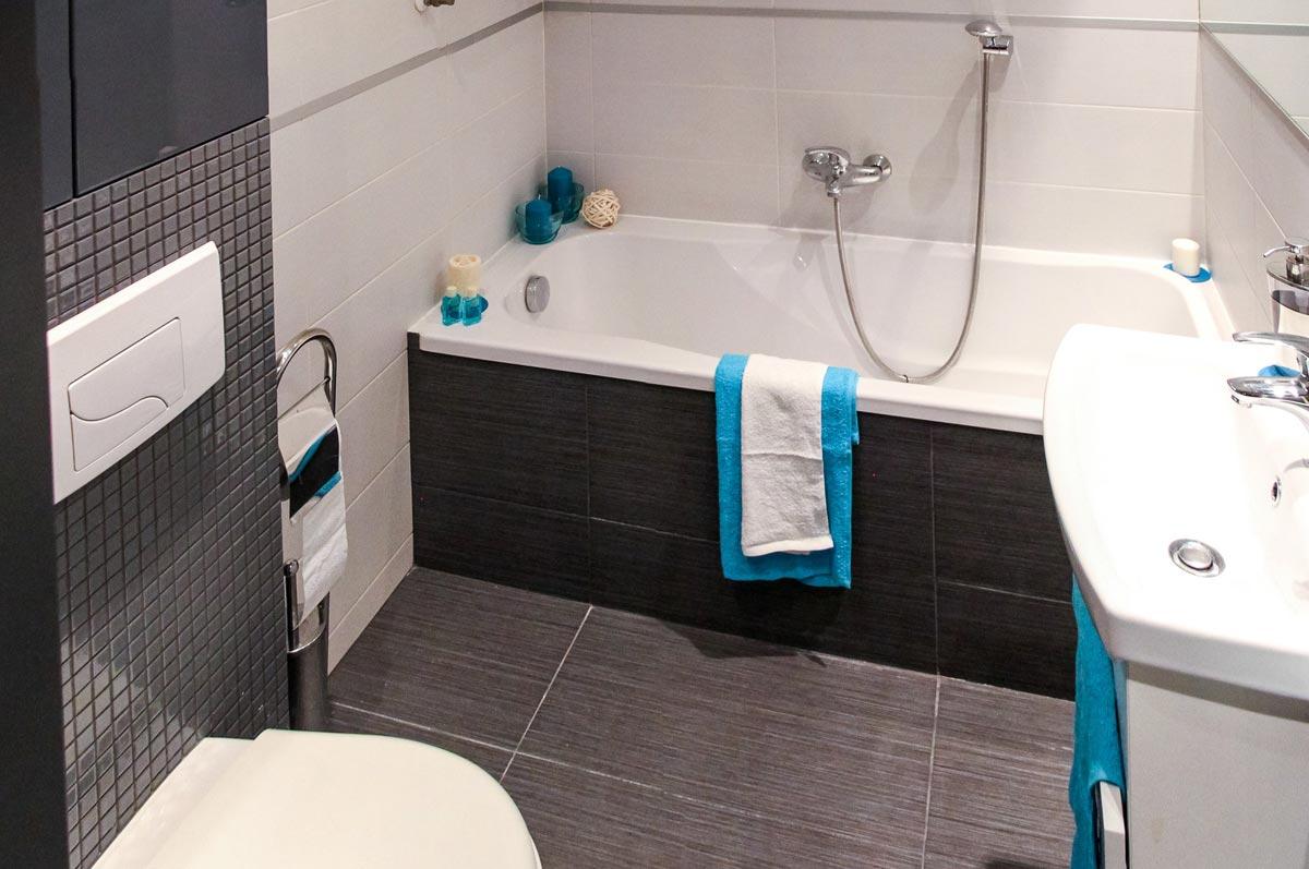 Bathroom floor and wall tiles grey